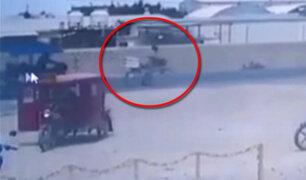 Cámara de seguridad capta a mototaxi cuando atropella a ciclista en Piura