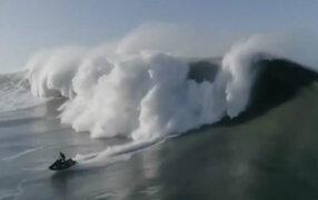 Portugal: hombre casi pierde la vida en ola más alta del mundo