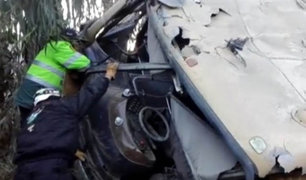 Despiste de bus interprovincial deja cinco muertos en Chanchamayo