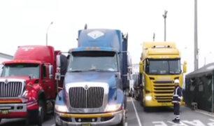 Jorge Muñoz anuncia que tránsito de camiones tendrá horario restringido