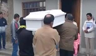 Cerro Azul: fueron enterrados los restos de la pequeña Xhoana