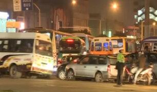 Plaza Bolognesi: conductores no respetan normas de tránsito