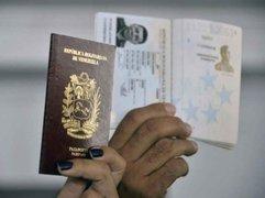 Solicitud de pasaporte podría generar un mercado negro para migrantes venezolanos