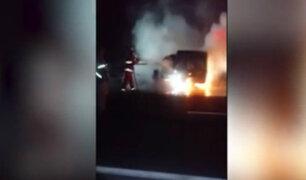 Chilca: dos jóvenes mueren tras choque y explosión de camioneta en Panamericana Sur
