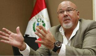 Carlos Bruce afirma que Vizcarra gobierna sin bancada ni gabinete