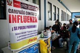 Tumbes: inmunizan contra la influenza a migrantes venezolanos