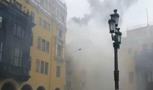 Incendio en pollería causó  pánico en el Jirón de la Unión