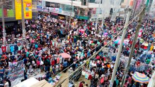 Continúa el caos del comercio informal en los alrededores de Gamarra