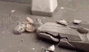 Centro de Lima: estatua de Santa Rosa de Lima quedó destruida tras caer de su base en convento