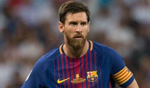 """Hincha llamó """"Pecho frío"""" a Lionel Messi en plena firma de autógrafos [VIDEO]"""