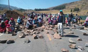 Cusco: pobladores bloquean vía exigiendo beneficios de actividad minera