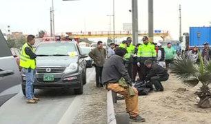 Dos hombres fallecieron en diversos puntos de Lima por no usar puente peatonal