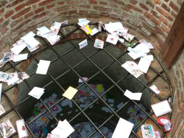 Santa Rosa de Lima: cientos de fieles visitan el pozo de los deseos para dejar sus cartas
