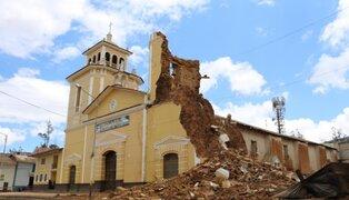 Cajamarca: captan preciso momento del desplome de torre de Catedral de Cutervo