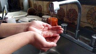 Más de 200 familias denuncian cortes repentinos del servicio de agua hace 2 semanas