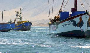 Arequipa: embarcación pesquera naufraga en Puerto de Atíco