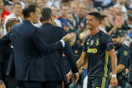 Cristiano Ronaldo abandona el campo llorando tras primera expulsión en la Champions League