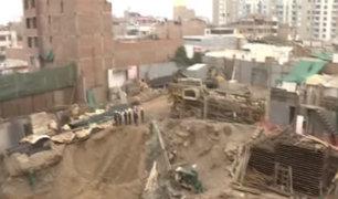 Surco: especialistas del Colegio de Ingenieros acudieron a condominio para evaluar situación