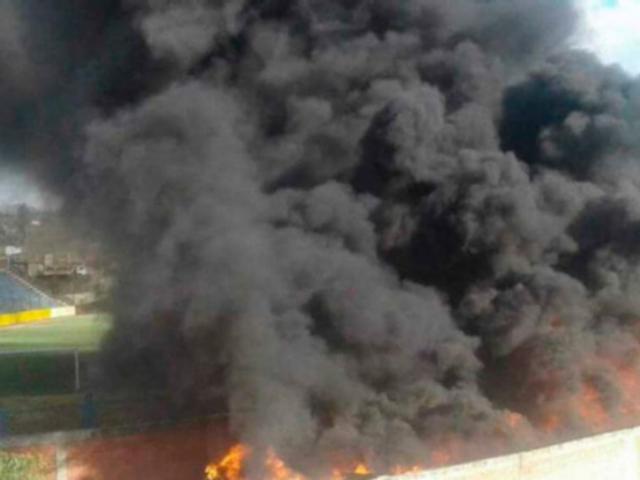 Áncash: incendio consume módulos para damnificados del Niño Costero