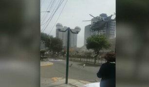 Helicóptero de la Policía Nacional aterrizó en plena Av. Brasil