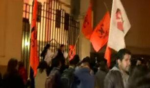 Simpatizantes y detractores de Keiko Fujimori hacen sentir su voz en las calles