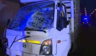 Cercado de Lima: patrullero de la policía protagoniza accidente