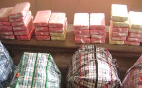 Iquitos: capturan a 8 narcotraficantes con más de 200 kilos de cocaína en botes
