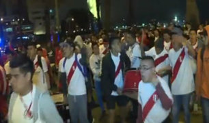 Hinchas festejaron el triunfo de Perú ante Chile