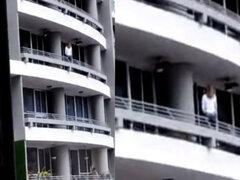 Mujer cae del piso 27 mientras intentaba tomarse un selfie perfecto