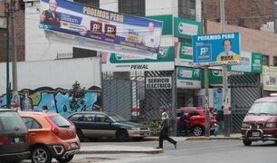 Los comicios pasaron pero Lima sigue invadida por propaganda electoral