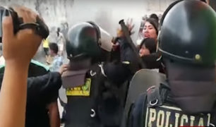 Estado de emergencia: violento desalojo de ambulantes se registró en Breña