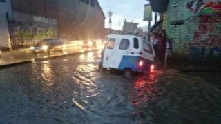 Torrencial lluvia afectó viviendas y carretera en Cajamarca