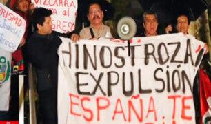 Fuga de Hinostroza: peruanos protestan frente a sede de Audiencia Nacional de Madrid