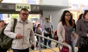 Pasajeros protestan tras alza de precios del Metropolitano