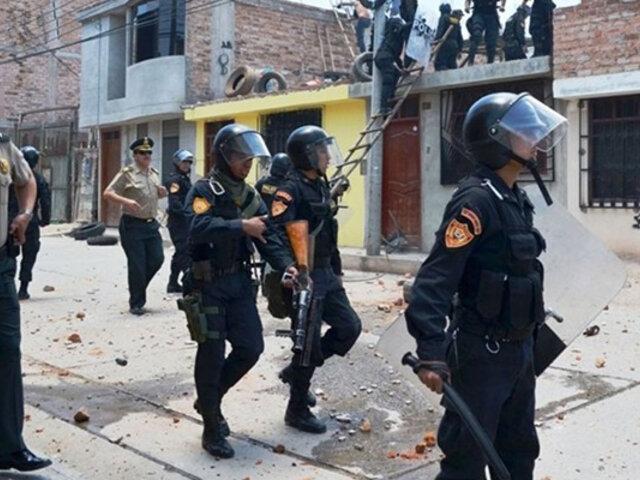 Huaral: familia que iba ser desalojada desata violento enfrentamiento con la policía
