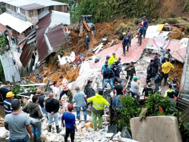 Colombia: al menos 12 muertos por deslizamientos de tierra por lluvias