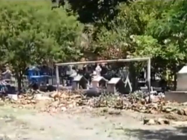 Cusco: pobladores de Quillabamba entierran a sus muertos en cancha de fútbol