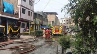 Abuela y su nieta mueren en incendio de quinta ubicada en La Victoria