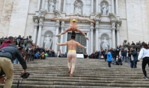 España: acróbatas peruanos baten récord guinness al subir 99 gradas haciendo acrobacias