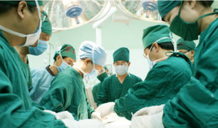 China: trabajadores de hospital implicados en el robo de ojos a un cadáver