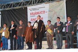"""Presidente Vizcarra rechaza golpe de estado: """"soy el primero en defender la democracia"""""""