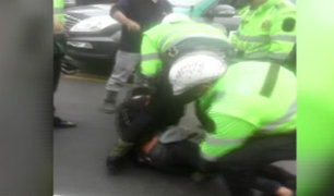 Motociclista denuncia presunto abuso de autoridad de policía