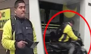 Cámara de seguridad captó rostro de sujeto que robó moto en Lince