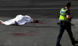 Australia: policías abaten a presunto terrorista que acuchilló a cuatro personas