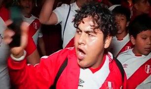 Decenas celebran el día del hincha peruano el 15 de noviembre