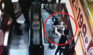 Escaleras eléctricas de conocido centro comercial representan gran peligro