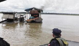 Iquitos: destruyen dragas ilegales durante operativo en el río Napo