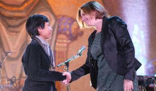¡Vale un Perú! 'Niño banquero' recibió premio mundial en Suecia