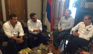 Parlamentarios cuestionaron viaje de representantes de Frente Amplio a Uruguay