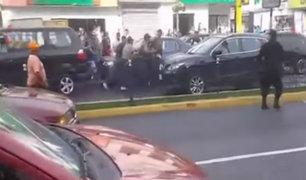 Salen a la luz videos de asalto a empresario en Chorrillos